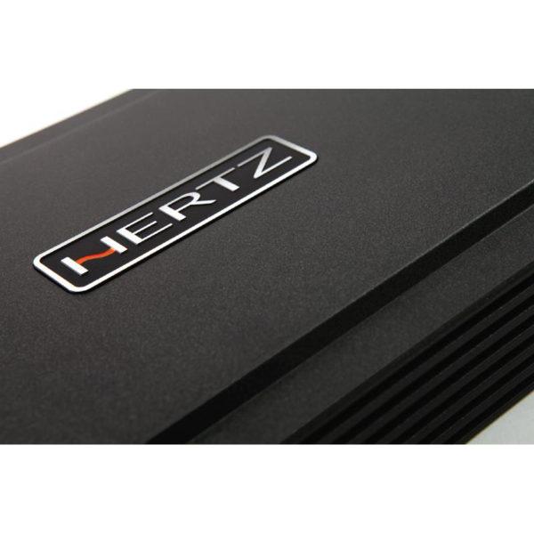 Hertz hcp4 vahvistin ylhäältä