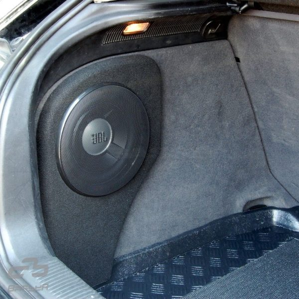 Bassokotelo Audi A3 2004-2014 Sportback paikallaan