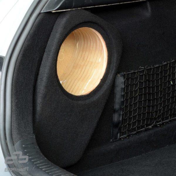 Bassokotelo Mazda 3 2003-2009 paikallaan